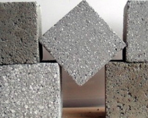 кубики бетона