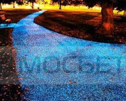 strade-illuminate-da-una-superficie-stellata-L-MxLz0I